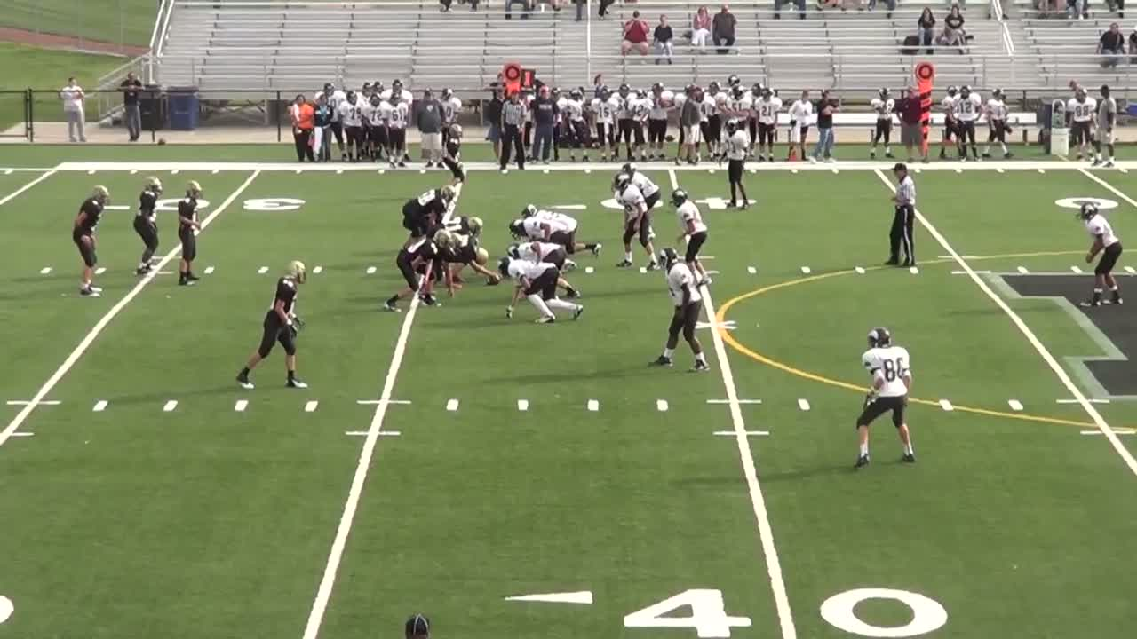 Jessiah Lowe playing football against Newton High during the 2012-2013  Season for Campus High School in Haysville, KS