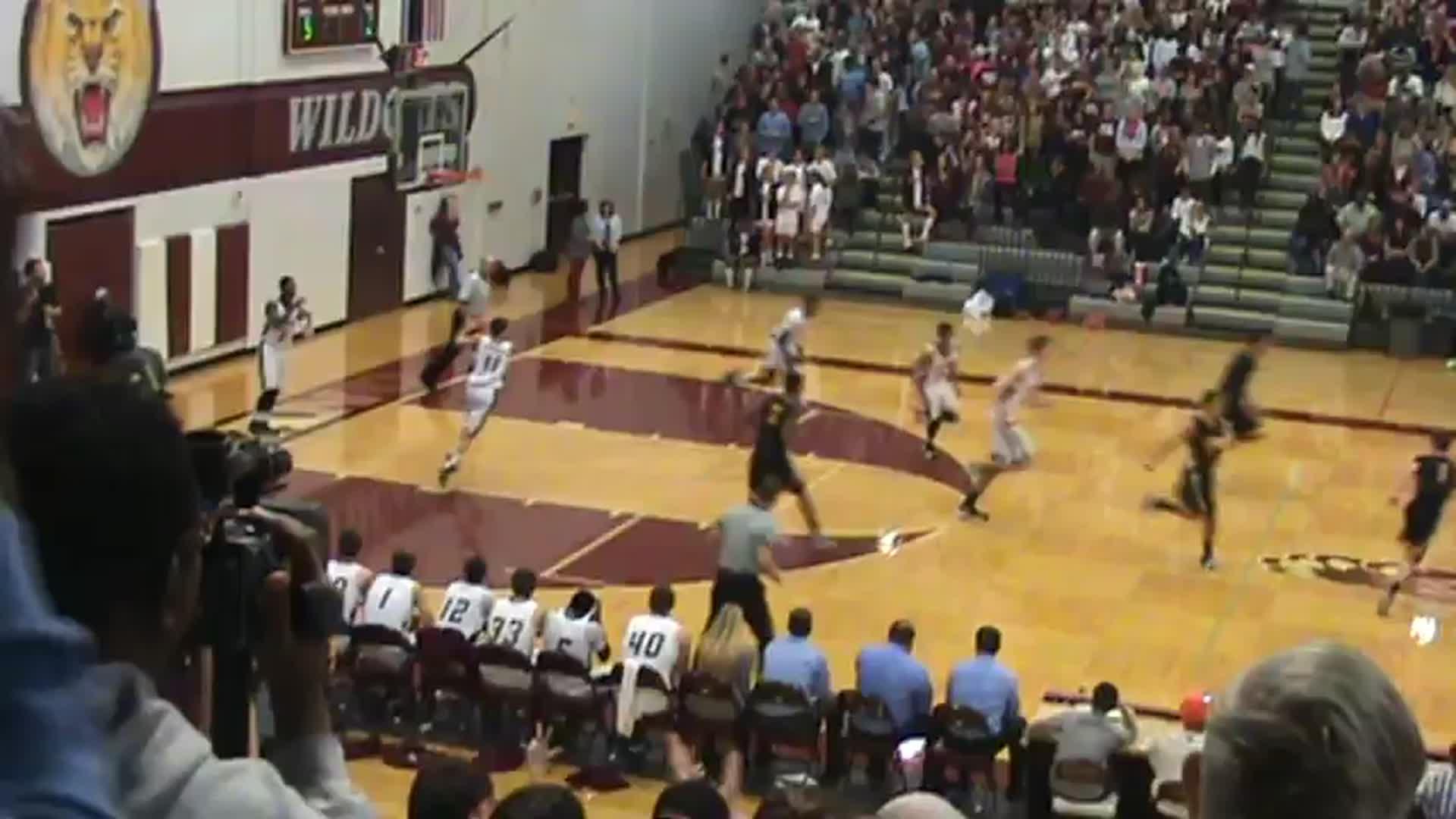 Boys Varsity Basketball's Highlights